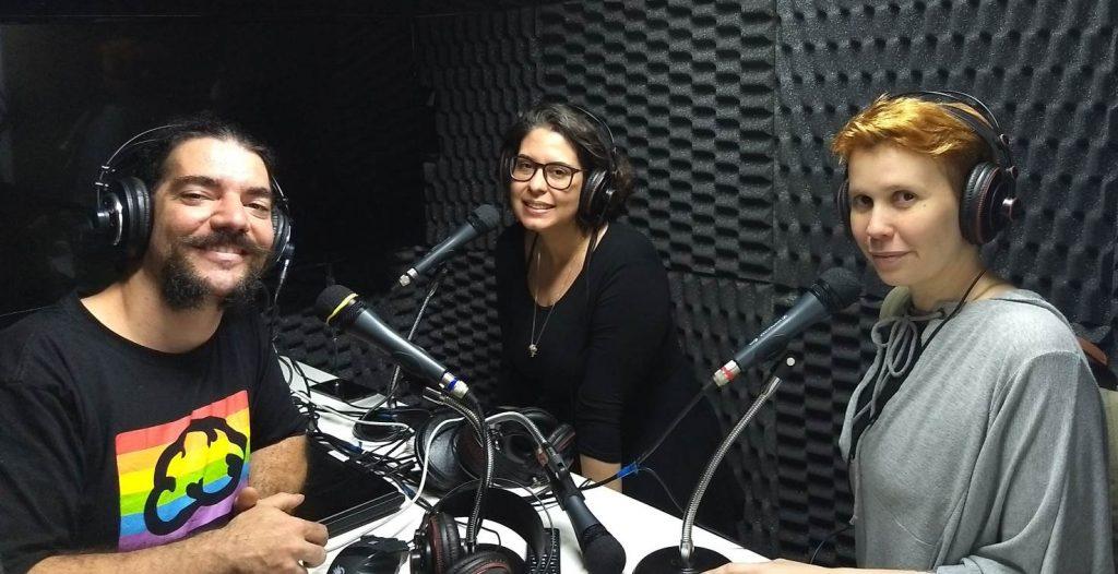 Giovanni, Paula e Alda dentro do estúdio
